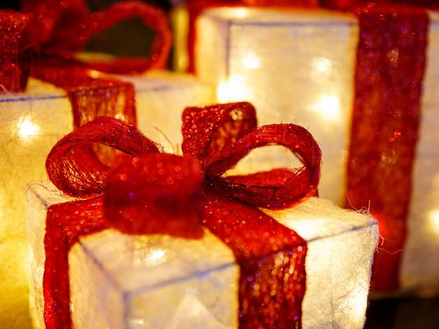 Five Unique Personalised Gifts to Make Your Beloved Feel Special in Dubai