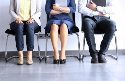 4 tips to dress for interview success